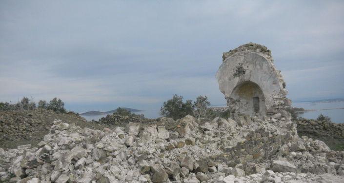 Ayvalık'ta 250 yıllık manastır şapeli yıkıldı