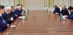 Azerbaycan Cumhurbaşkanı Aliyev'den Minsk Grubu'na ayar: Sizi buraya ben çağırmadım, hadi konuşun, sizi dinliyorum