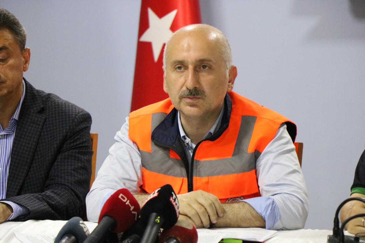 Bakan Karaismailoğlu: 'Sinop Ayancık'ta 6 vatandaşımız maalesef vefat etti'