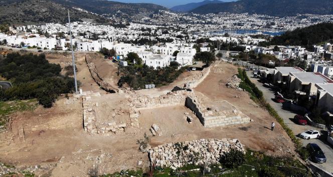 Büyük İskender'in yıktığı sur duvarları gün yüzüne çıktı
