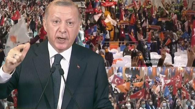 Cumhurbaşkanı Erdoğan'a kongreye damga vuran sözler: Bu lezbiyenlerin mezbiyenlerin dediklerine takılmayalım