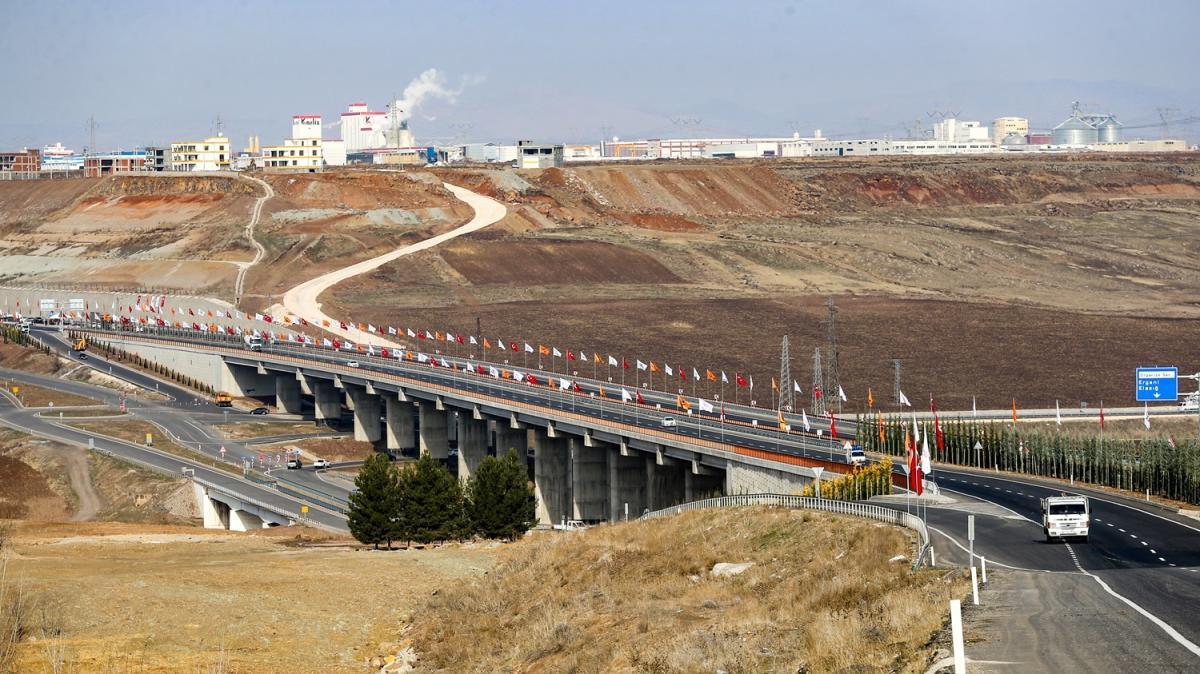 Devegeçidi Köprüsü yarın hizmete açılacak
