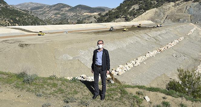 DSİ Adıyaman'da yaptığı yatırımlarla toprakları su ile buluşturmaya devam ediyor
