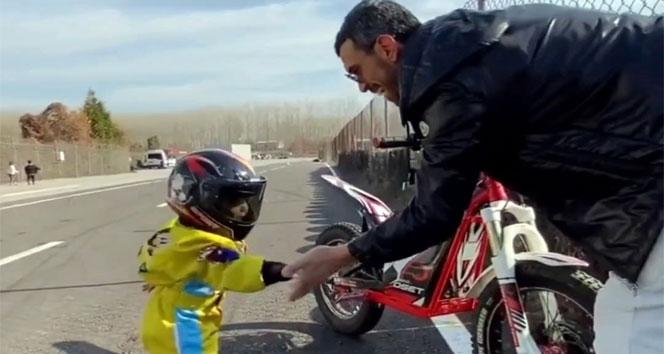 Dünya şampiyonunun oğlu babasının izinden gidiyor