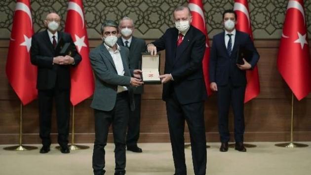 Erdoğan, Türkiye'nin beklediği sanatçıyı tarif etti!