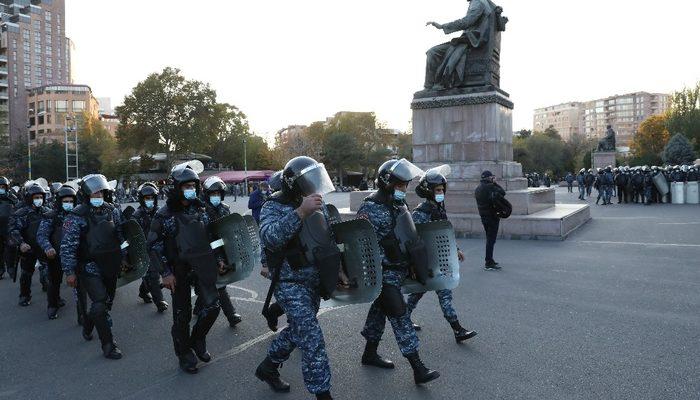 Ermenistan'da Başbakan Paşinyan'ın istifası için protestolar sürüyor
