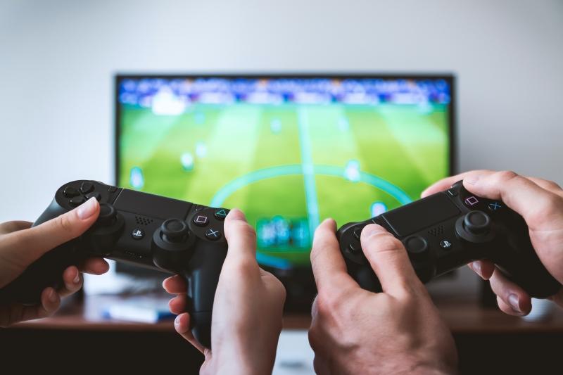 FIFA 22 oyunseverlerle buluşurken, Spotify en popüler FIFA soundtrack'lerini açıkladı