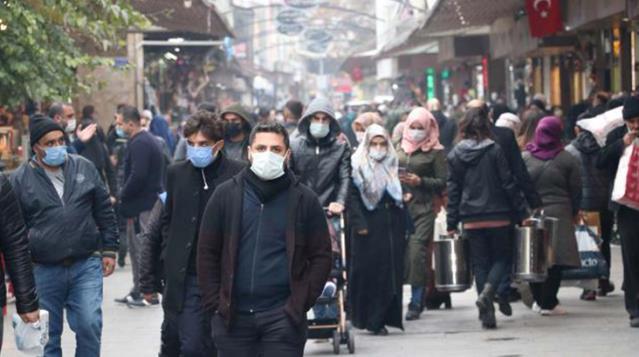 Gaziantep Valisi Gül'den endişelendiren açıklama: Vaka sayıları tekrar yükselişe geçti