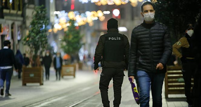 İçişleri Bakanlığı: '56 saatlik kısıtlamada 24 bin 437 kişiye adli ya da idari işlem uygulanmıştır'