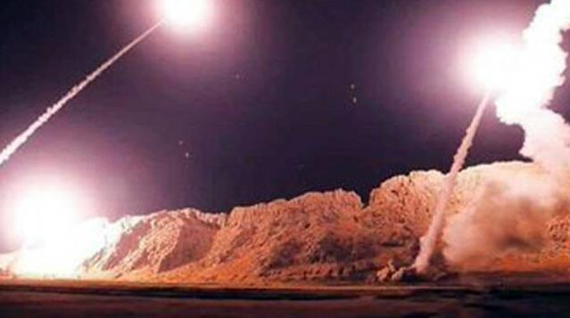Irak'ta NATO askerlerinin bulunduğu Beled Askeri Üssü'ne roket saldırısı düzenlendi