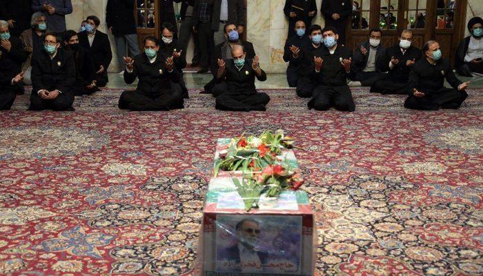 İran'da suikaste uğrayan Fahrizade toprağa verildi