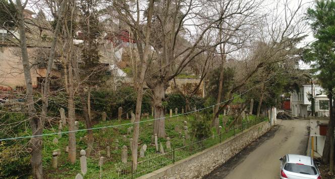 İstanbul'un İlk Müslüman Mezarları çalınıyor
