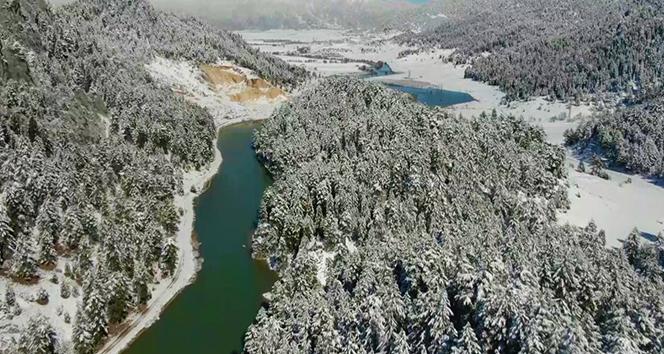 Kahramanmaraş'ta kartpostallık kar manzaraları