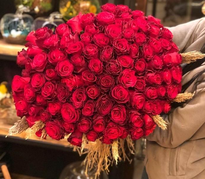 Manisa'da Canlı Çiçek Satışı
