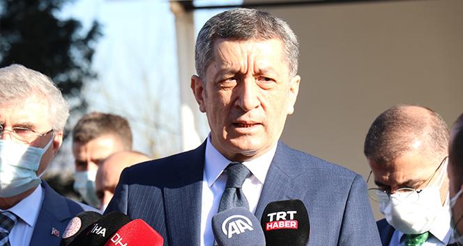 Milli Eğitim Bakanı Prof. Dr. Ziya Selçuk: 'İlk ve ortaokullarda yüzde 80, liselerde yüzde 70'in üzerinde katılım var'