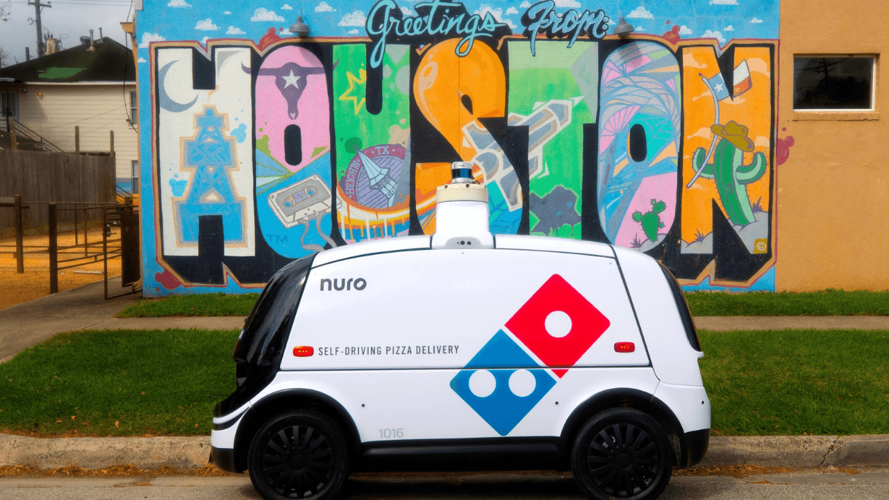 Nuro, Domino's Pizza iş birliği ile pizzaları evlere taşıyacak