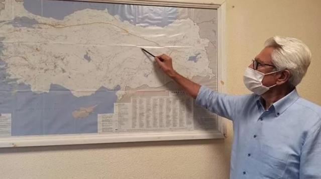 Prof. Dr. Pampal'dan Elazığ depremiyle ilgili açıklama: Artık alarm zilleri çalıyor, büyük deprem olma ihtimali arttı