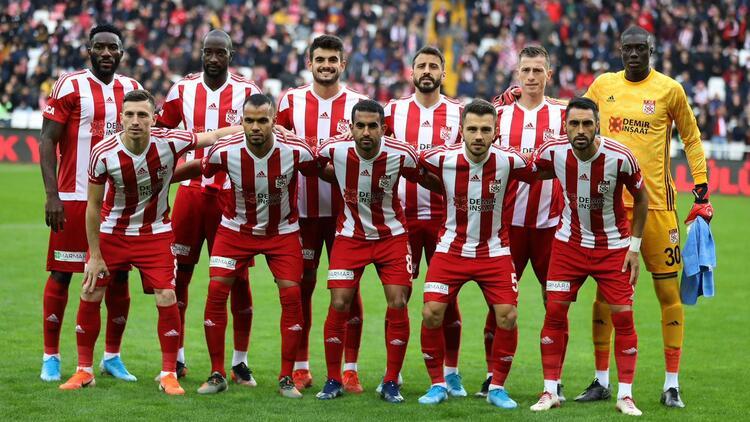 Sivasspor Villareal Karşısında Şans Arıyor