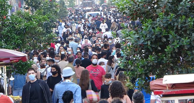 Taksim ve İstiklal Caddesi'nde korkutan yoğunluk