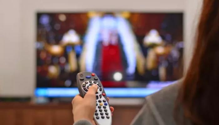 TV yayın akışı 22 Kasım 2020 Pazar ! Bugün kanallarda ne var? Show TV, TV8, Kanal D, Star TV, FOX TV, ATV yayın akışı...