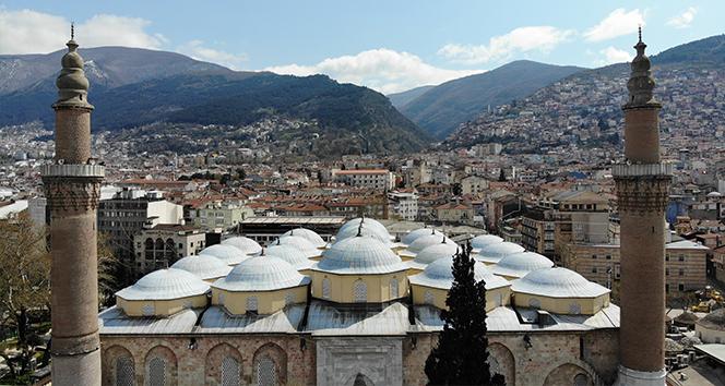 Ulu Cami'ye Ramazan mahyası asıldı