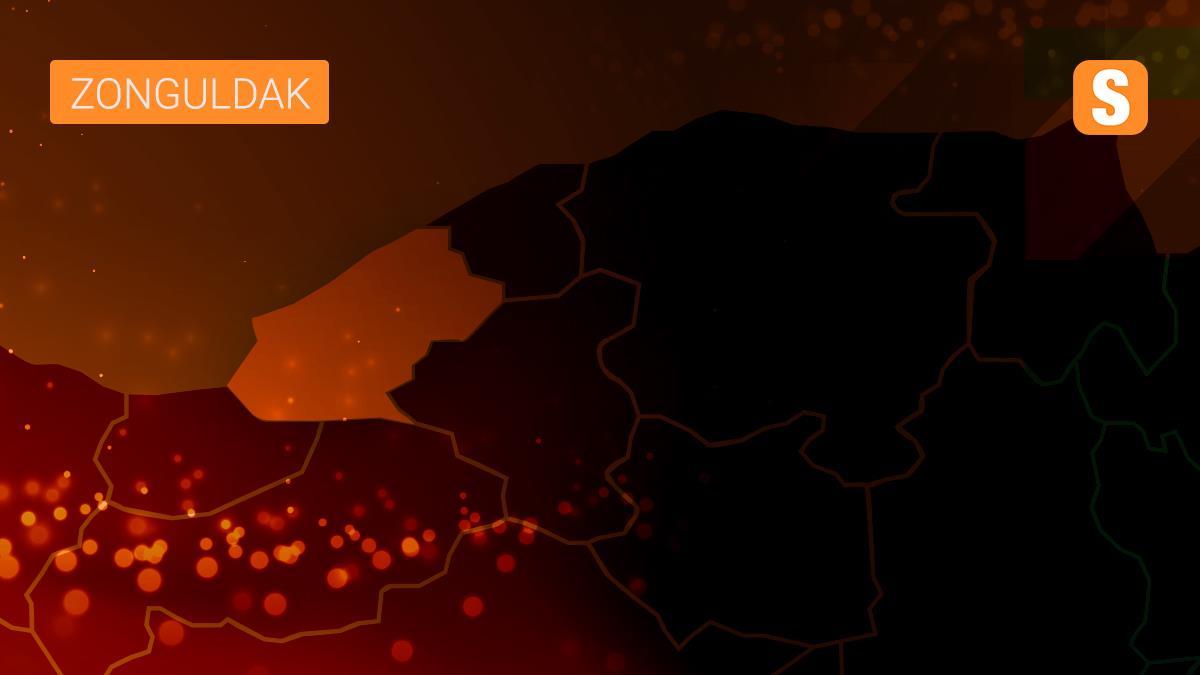 Zonguldak'ta bir sokak mutasyonlu virüs şüphesiyle giriş çıkışlara kapatıldı