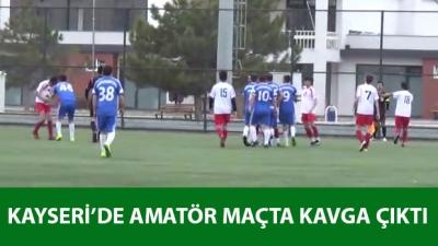 Anadolu Yıldızları-Felahiye Belediyespor maçında kavga